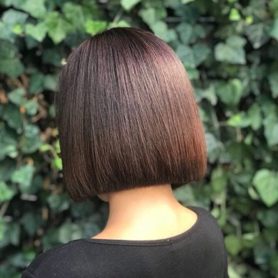 Precision and balance combined with perfect colour #classic #bob
